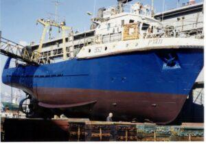 אוניה מגרק צבועה בצבעי דנבר www.denber-paints.co.il